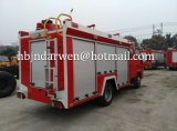 100p 4Kエンジン3000Lの普通消防車Isuzu