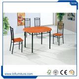 Cereza con Color Negro 4 plazas de PVC de MDF mesa de comedor y sillas de madera Set