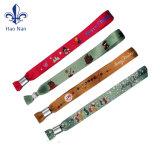 Cinghia di manopola promozionale poco costosa degli elementi del braccialetto di modo del regalo di promozione