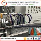 Espiral de PVC flexible reforzado de la línea de extrusión con maquinaria de plástico