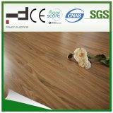Plancher en bois stratifié gaufré de 8 mm 12mm pour la maison