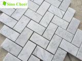 Tuiles en arête de poisson de marbre blanches de Carrare de pierre de matériau de construction