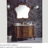 Governo di legno del bagno di disegno antico