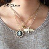 Monili Chain a più strati della perla della collana del Choker con la testa dell'uccello del cuore