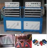 Kpu mette in mostra la macchina di formatura della mascherina di calzature di funzionamento