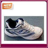 Nouvelle mode des chaussures de cricket de chaussures de sport