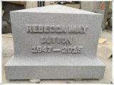 Nós monumentos eretos do enterro do Headstone dos monumentos para sepulturas