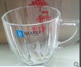 De vidrio transparente de alta taza de café