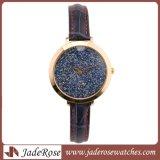 Nuevo diseño colorido Dama impermeable reloj de cuarzo con correa de cuero delgado