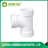 Colocación del tubo de PVC PVC Dwv perder triple