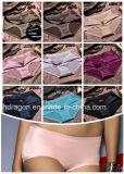 Bragas inconsútiles de las bragas de la ropa interior de las mujeres de lujo de la alta calidad de la manera de la mujer