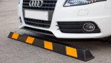 頑丈な抵抗力がある1650mm黄色いRelecitiveのゴム製駐車ブロック