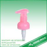 De hals beëindigt Pomp van de Lotion van 33mm de Roze voor Persoonlijke Zorg