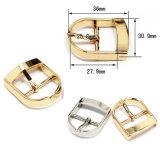 衣服のための熱い販売の金属亜鉛合金の中心棒バックルPinのベルトの留め金は蹄鉄を打つハンドバッグ(YK706)に