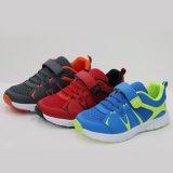 Zapatos durables con cordones modificados para requisitos particulares calidad superventas del deporte del aire para los hombres