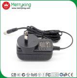 La marca de fábrica de Merryking Pared-Monta el adaptador de la potencia del enchufe AC/DC del Au del adaptador de 12V 1A