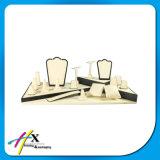 Visualizzazione di legno acrilica dei monili di disegno nuovo