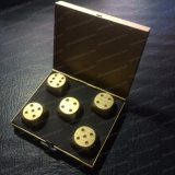 金カラー金属棒のパーティー用のゲームのダイス
