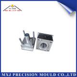 Moldes de Injeção de Plástico personalizada para moldagem de peças do produto do rolamento do carro de precisão