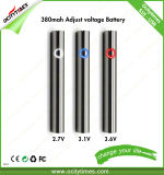 S18 CbdオイルのVapeのペン電池の調節可能な電圧は予備加熱する