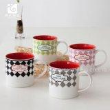 Taza de cerámica de consumición roja del té de la taza de la taza de la insignia de la compañía del cuidado médico