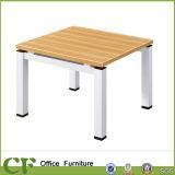 Table basse rectangulaire de bureau de 4 personnes avec la patte d'enduit de poudre