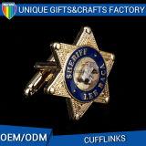 Suministro de la fábrica de metal personalizados chapado en oro en relieve el botón de camisa Cufflink