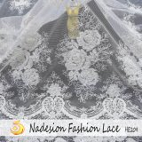 Branelli 100% del ricamo del poliestere e merletto del tessuto del Sequin per il vestito da cerimonia nuziale nuziale