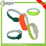 WRISTBAND di identificazione del PVC di una volta RFID di uso per l'inseguimento paziente
