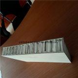 PE/PVDF de met een laag bedekte Bekledingspanelen van de Gordijngevel van de Honingraat van het Aluminium