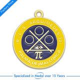 リボンが付いている旧式な銀3Dの記念品のマラソンの実行メダル