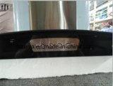 Cappuccio fissato al muro dell'intervallo di elettronica della cucina (R210B)