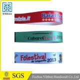 Wristband празднества браслета ткани печати сатинировки полиэфира с пластичным замком