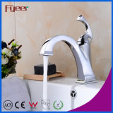 Fyeer Nouveau design Niedrig Corps chromé Crooked Quadrate Spout Single Handle Faucet Water Mixer Tap