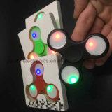 LED-Licht-Unruhe-Finger-Spinner mit Firmenzeichen (6000)