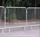 Removale a galvanisé la barrière en acier en acier de barricade/route avec des pieds de passerelle
