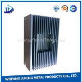 Precisione che timbra il radiatore di alluminio di profilo per l'adattatore di potere