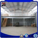新しいサンドイッチ壁の照明灯の鉄骨構造のガレージ(Q235)