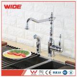 Weixiang Cupc approuvé évier de cuisine Appuyez sur le robinet de cuisine de style de pont avec correspondant à côté d'antiquités de pulvérisation