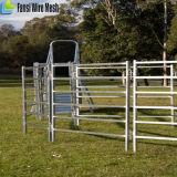 牛ヤードのための電流を通された牛の牧場のパネル