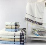 De Twee Reeksen van uitstekende kwaliteit van de Handdoek met het Spinnen Siro voor Bad