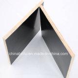 Capa barata hecha frente película de la cara de la película del negro del precio de la madera contrachapada de la alta calidad 18m m