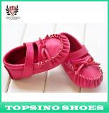 De rode Zachte Enige Schoenen van het Leer van de Schoenen van de Baby (ks-0619-10)