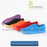 熱い販売法加硫させた足底が付いている10のカラーズック靴