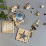 木製ベースが付いている型のPolyresinの貝殻表の装飾