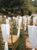 シートのパッドが付いている安い木の金カラーTiffanyの結婚式の椅子