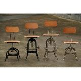 産業食事型のトレドの木の椅子のバースツール