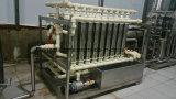 Línea de relleno en botella automática del sistema de tratamiento de agua potable del agua de manatial