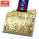 Preiswertes kundenspezifisches Metallfahrrad-komprimierende Laufring-Sport-Medaille mit Farbband
