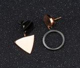 De perfecte Cirkel van het Temperament van de Driehoek van het Westen Geometrische Eenvoudige om de Roze Gouden Oorringen van het Titanium van de Kleur Asymmetrische